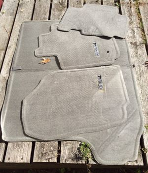 20 07 (6Toyota RAV4 Floor Mats for Sale in Yorktown, VA