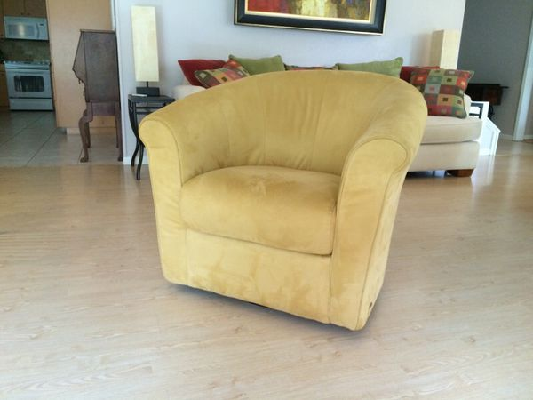 Italsofa Swivel Chair For Sale In Victoria Tx Offerup