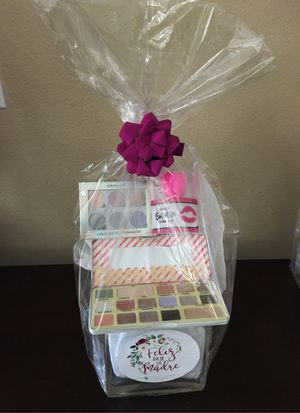 Mother's Day gift basket for Sale in Las Vegas, NV