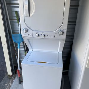 GE Apartment Washer And Dryer for Sale in Suffolk, VA