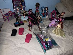 Monster high and friends dolls for Sale in Saratoga, CA
