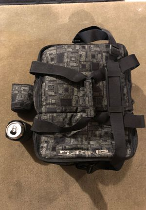 Dakine Insulated cooler bag w/ two insulated Koozies. for Sale in Portland, OR