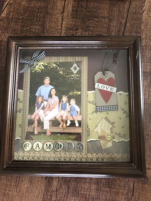Picture frame for Sale in Chapin, SC