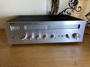 Yamaha CR220 CR 220 stereo receiver for Sale in Philadelphia, PA