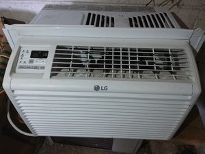 LG Small window a/c NEED GONE ASAP... Gotta go by 2/29... MAKE OFFER!!! for Sale in Dickson, TN