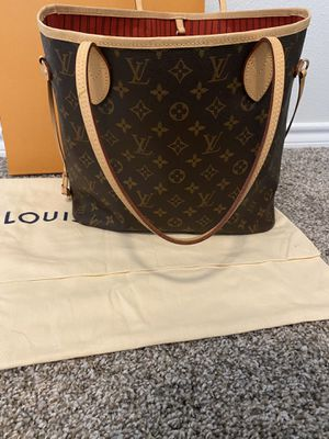Louis Vuitton Neverfull MM cherry for Sale in Saginaw, TX