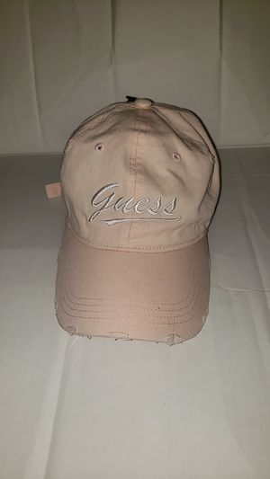 Ligh pink guess hat for Sale in East Los Angeles, CA
