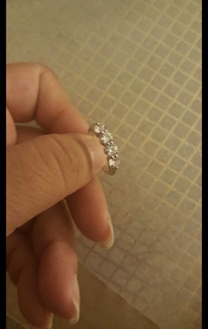 Women fashion white sapphire wedding ring size 7 for Sale in Riverside, CA
