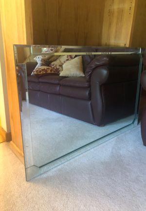Beautiful mirror!!! for Sale in Saginaw, MI