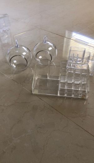 Acrylic/lucite/plastic makeup or desk organizer for Sale in Fort Lauderdale, FL