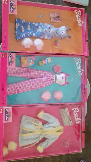 Barbie clothes for Sale in Pomona, CA