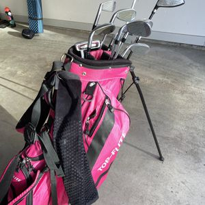 Women's Top Flite Golf Bag, Clubs, and more! for Sale in Broomfield, CO