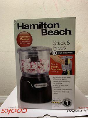 HAmilton Beach Stack & Press Food Chopper 3 Cup for Sale in Nashville, TN
