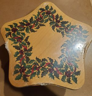 Longaberger 2001 Star Christmas basket for Sale in Blue Springs, MO