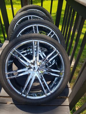 24in Universal 6lug rims and (4)gd 305/35/24 tires $$1300 for Sale in Marietta, GA
