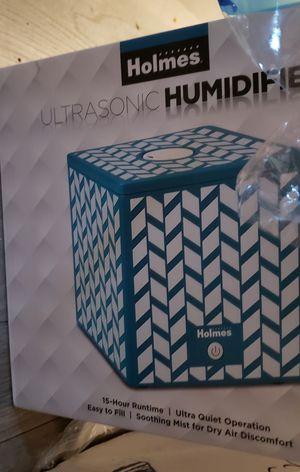 Holmes Ultrasonic Dehumidifier for Sale in San Diego, CA