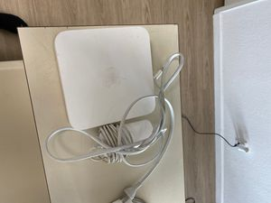 Apple AirPort Extreme Base Station Wifi Router for Sale in Los Angeles, CA
