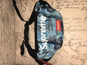 Waist bags Supreme brand new! for Sale in Temple Terrace, FL