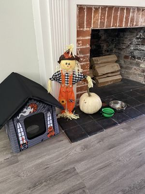 Halloween Spooky Heated Dog/Cat house for Sale in Compton, CA