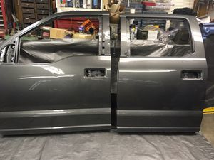 2018 Ford F1 50 pick up truck rear door for Sale in Troy, MI