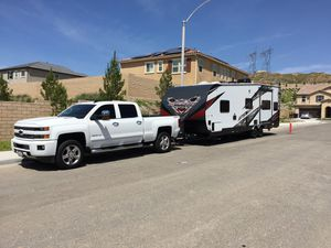 Stealth FQ2715 Toy Hauler for Sale in Agua Dulce, CA