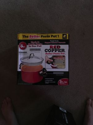 Red copper. Better pasta pot 5 quart for Sale in San Diego, CA