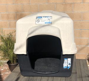 Dog House PetMate for Sale in Torrance, CA