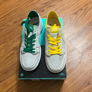 NIKE SB DUNK ISHOD WAIR for Sale in Chicago, IL