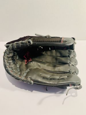 """Franklin 11"""" Fastpitch Softball Glove - left hand for Sale in Reno, NV"""
