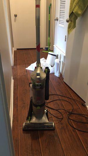 Hoover ultra lite vacuum for Sale in Austin, TX