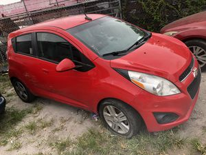 2014 Chevrolet Chevy spark accident for Sale in Miami, FL