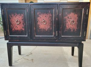 Beautiful Buffet/Entry/Accent/Console Table***Read measurements for Sale in Loma Linda, CA