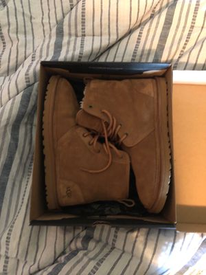 UGG Men's Harkley Boots SIZE 10 worn twice for Sale in Philadelphia, PA