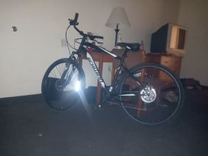 700c m Glenwood Schwinn for Sale in Tolleson, AZ