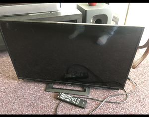 32inch led tv 1080p for Sale in Los Angeles, CA