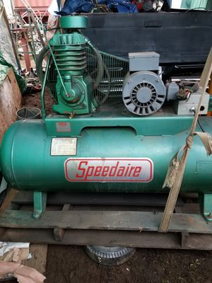 Speedaire industrial Air compressor for Sale in Junction City, OR
