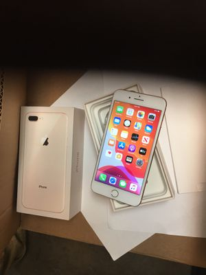iPhone 8 Plus gold Unlocked for Sale in Tyler, TX