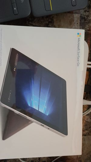 "Microsoft Surface Go 2 10""5 Touchscreen for Sale in Bayonne, NJ"