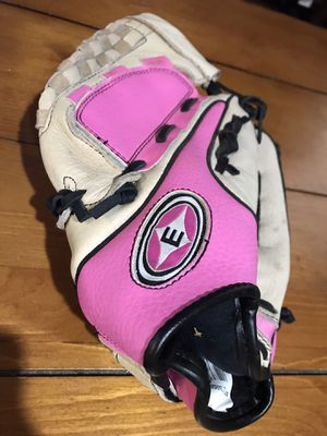 Easton Fastpitch Glove for Sale in Vancouver, WA