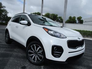 2018 KIA SPORTAGE EX Pretty cool crossover, well equipped, 4 cyl great on gas, like new in and out, CD/MP3/USB/AUX player, satellite radio, Bluetooth for Sale in Pompano Beach, FL