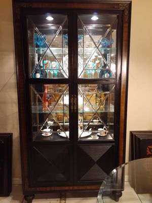 Thomasville China Cabinet for Sale in Ormond Beach, FL