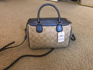 Coach cross bag for Sale in Beaverton, OR