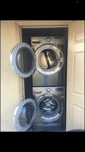 LG Washer And Dryer for Sale in Bakersfield, CA