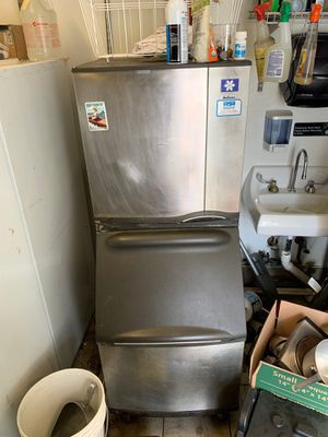 Manitowoc Ice Maker for Sale in Dallas, TX