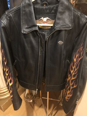 Harley Davidson female leather jacket Size S Genuine leather Good condition for Sale in Los Angeles, CA
