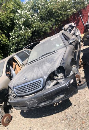 2000 Mercedes s500. Parts only. #00919 for Sale in Stockton, CA