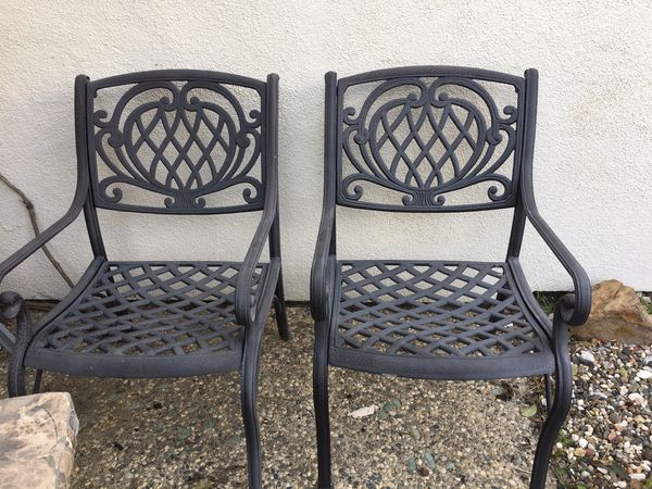 6Chair Patio Set in Need of TLC