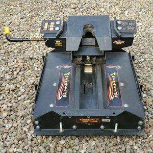 Demco Hijacker Autoslide 5th Wheel Trailer Hitch w/ Slider for Sale in Mesa, AZ