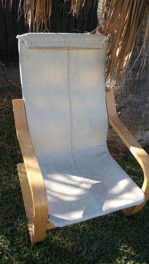Kids chair for Sale in Hawaiian Gardens, CA