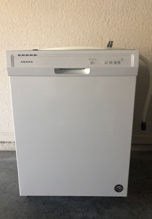 Amana Dishwasher for Sale in Zephyrhills, FL